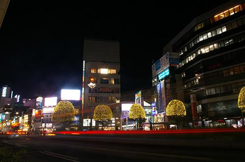 夜の吉祥寺駅前 イルミネーション